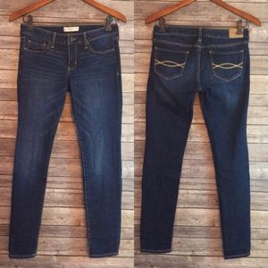 Abercrombie & Fitch Jeans - Abercrombie & Fitch Super Skinny Jeans 4S